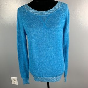 GAP Distressed Look Blue Sweater, size small